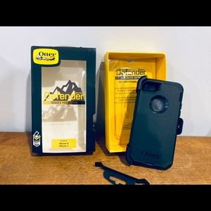 NEW IN BOX OtterBox Defender Case for 7 & iPhone 8